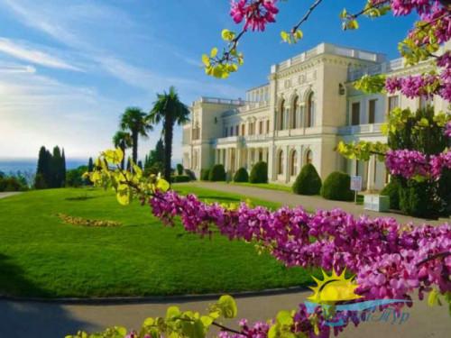 Экскурсионный тур «Весенний Крым: цветение миндаля»