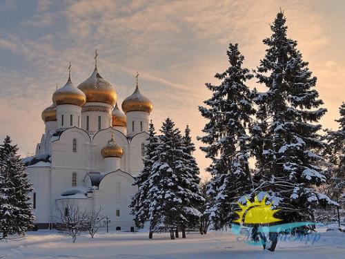 Автобусный тур из Вологды «Новогодний Ярославль с шоппингом»